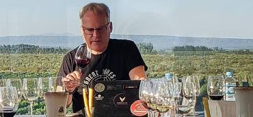James Suckling at Rutini Wines